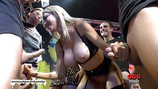 Usa cougar Emma Starr first german mass ejaculation