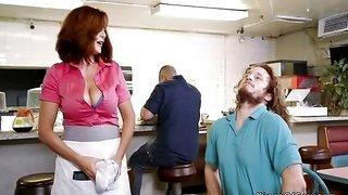 Dude bangs huge naturals mature waitress after getting a nice hot meal in his belly