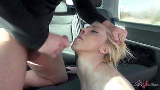 Stunning blonde who loves to bang in the car
