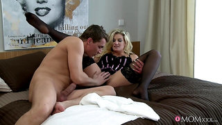 Pretty blonde Samantha Snow gets her hairy muff licked, fingered and fucked