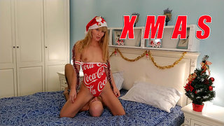 XMAS. Coca-Cola, Holidays are Coming. Facesitting & Deepthroat