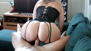 Sex tape with my step mom and her big jiggly butt!