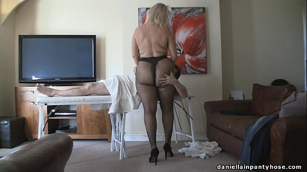 Dolly Bruste Pantyhose Facialsex